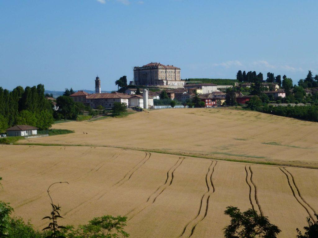 Castelli e colline del Roero