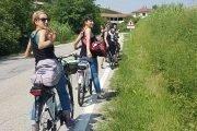 addio al nubilato in bici in langa
