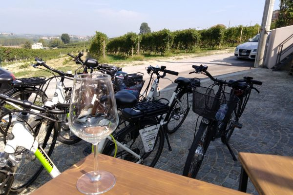 bike tasting aperitif