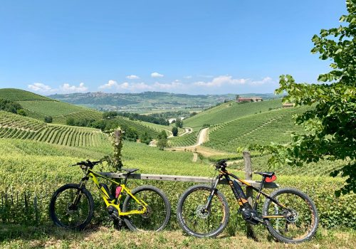 e-bike to visit the Langhe