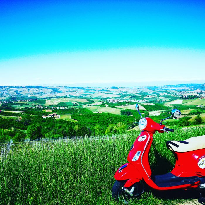 Panorama vespa and Langhe